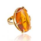 Золотое кольцо с янтарем «Лавика»