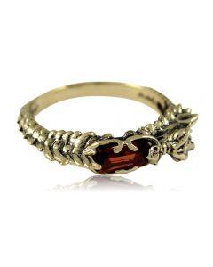 Золотое кольцо с гранатом «Сердце дракона»