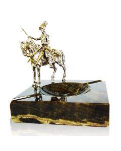 Мраморная пепельница с серебряной фигуркой Дон Кихот