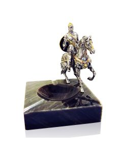 Мраморная пепельница с серебряной статуэткой всадник