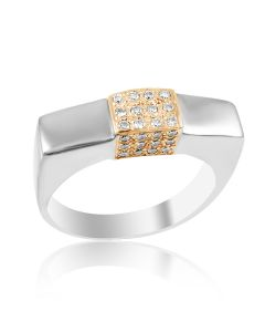Золотой мужской перстень с бриллиантами