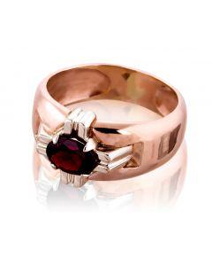 Золотой перстень с гранатом «Рыцарский орден»