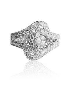 Золотий перстень з діамантами «Діамантова зима»
