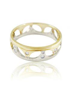 Золотое обручальное кольцо с цирконами