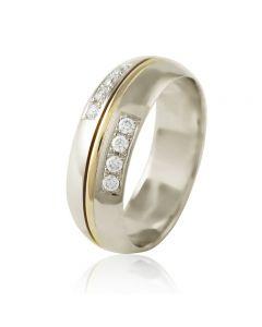 Золота обручка з діамантами «Серенада»