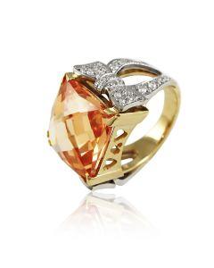 Золотое кольцо с топазом «Богема»
