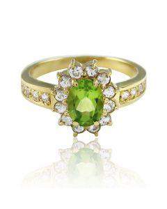 """Золотое кольцо с хризолитом и сапфирами """"Нежное озеро"""""""