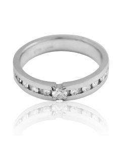 Золота обручка з діамантом «Діамантова любов»