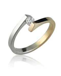 кольцо с бриллиантом из двух видов золота