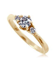 Золотое кольцо с бриллиантом «Ivanka»