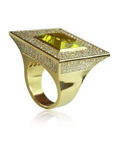 Перстень елітний жіночий з квадратним хризолітом «Nefertiti»