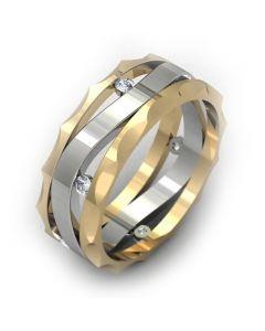 Золоте обручальне кільце з діамантами «Clara»