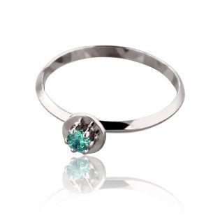 Женское кольцо с гидротермальным изумрудом «Алессандра»