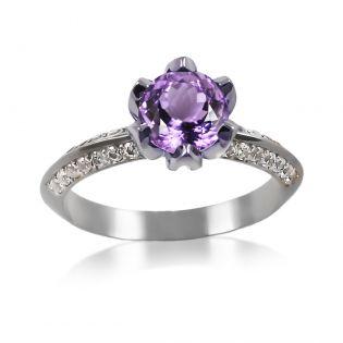 Золотое кольцо с крупным аметистом «Тюльпан»