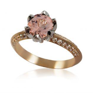 Золотое кольцо с крупным морганитом «Тюльпан»