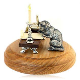 Серебряная статуэтка «Кот за столом»