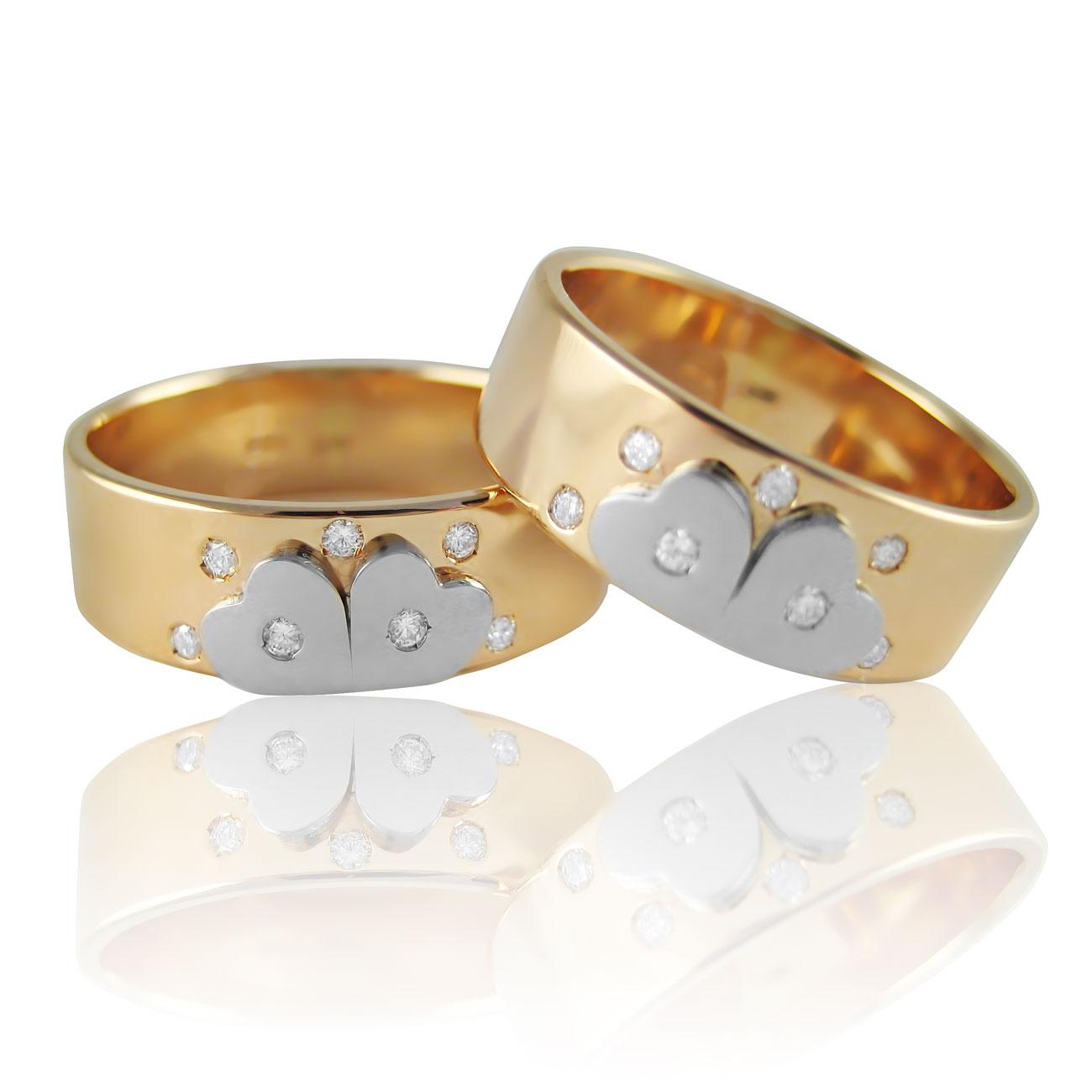 Золота обручка з діамантами «You&Me I»
