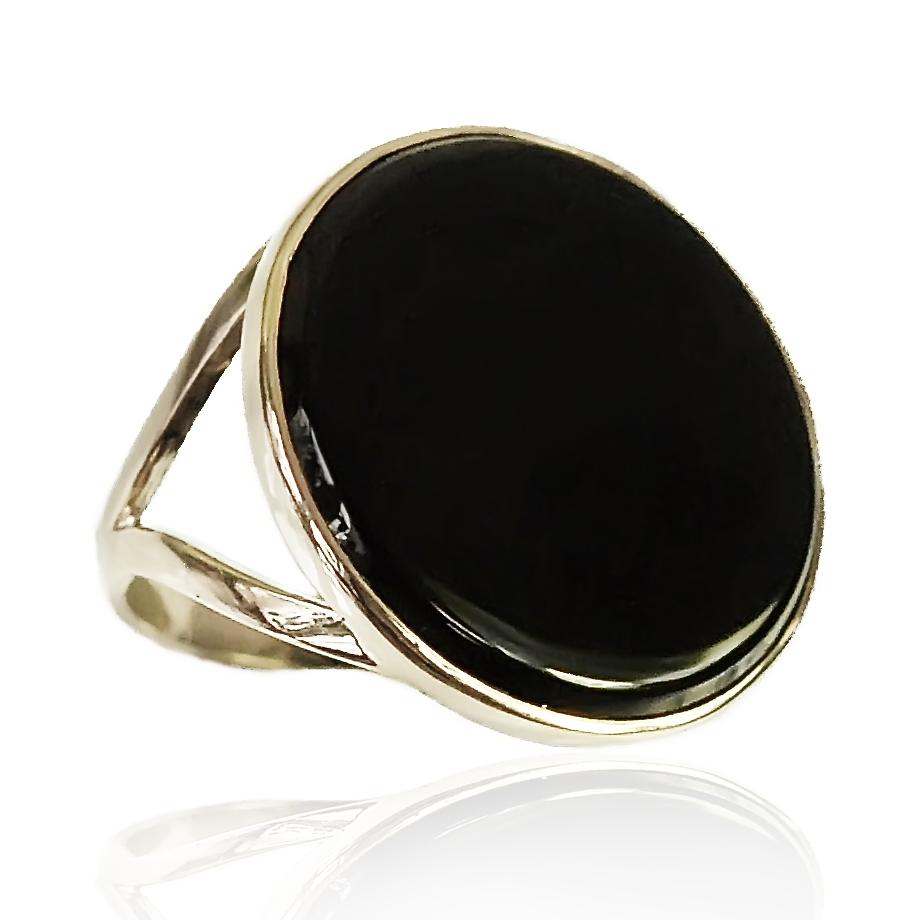 Золоте кільце з чорним агатом «Чорний агат в золоті»
