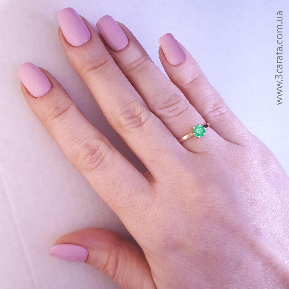 Золотое кольцо с изумрудом «Мальди»
