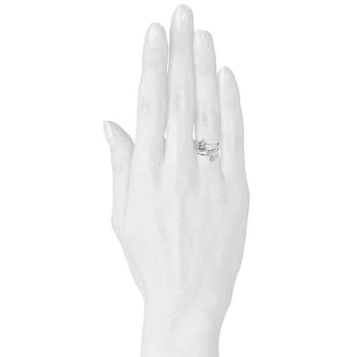Золотое кольцо с бриллиантами Бабочка
