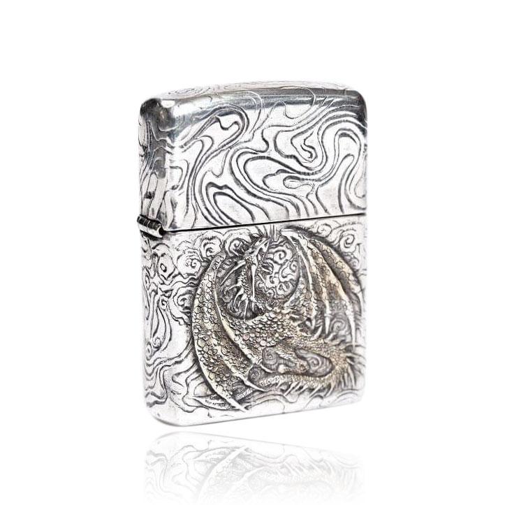 Серебряная зажигалка «Дракон»