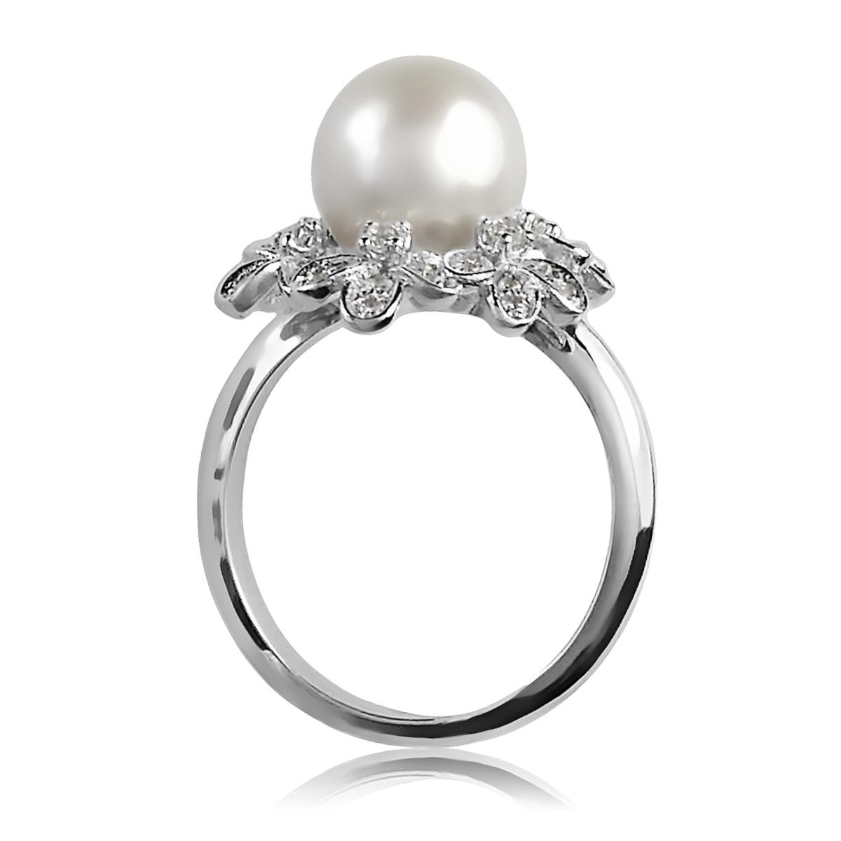 Золотое кольцо с жемчужиной «Марина»