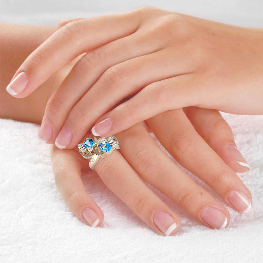Золотое кольцо с топазами «Капли»