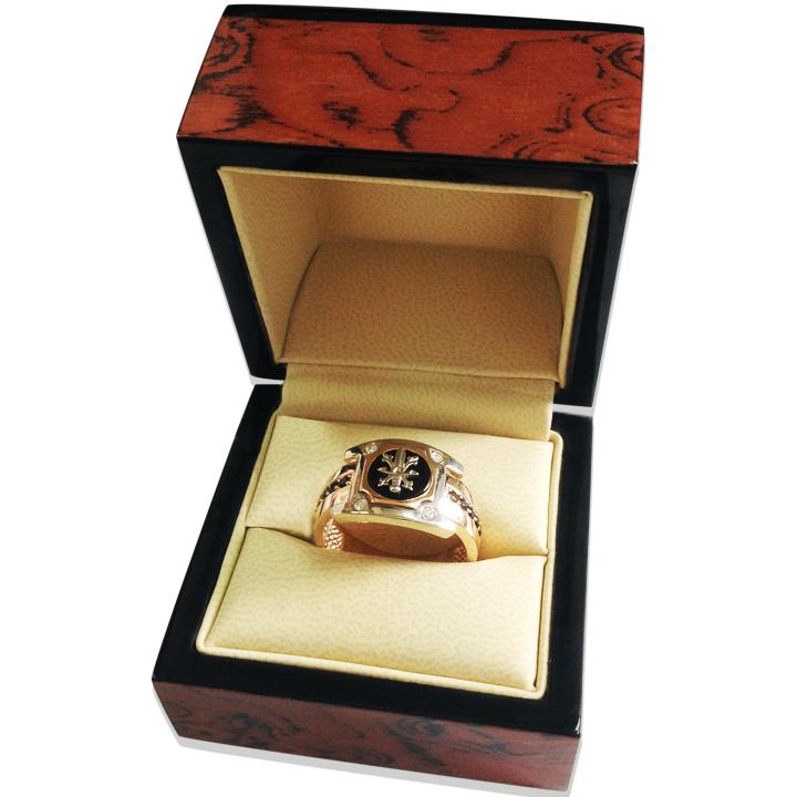 Золотий перстень з оніксом «Вельможний пан»