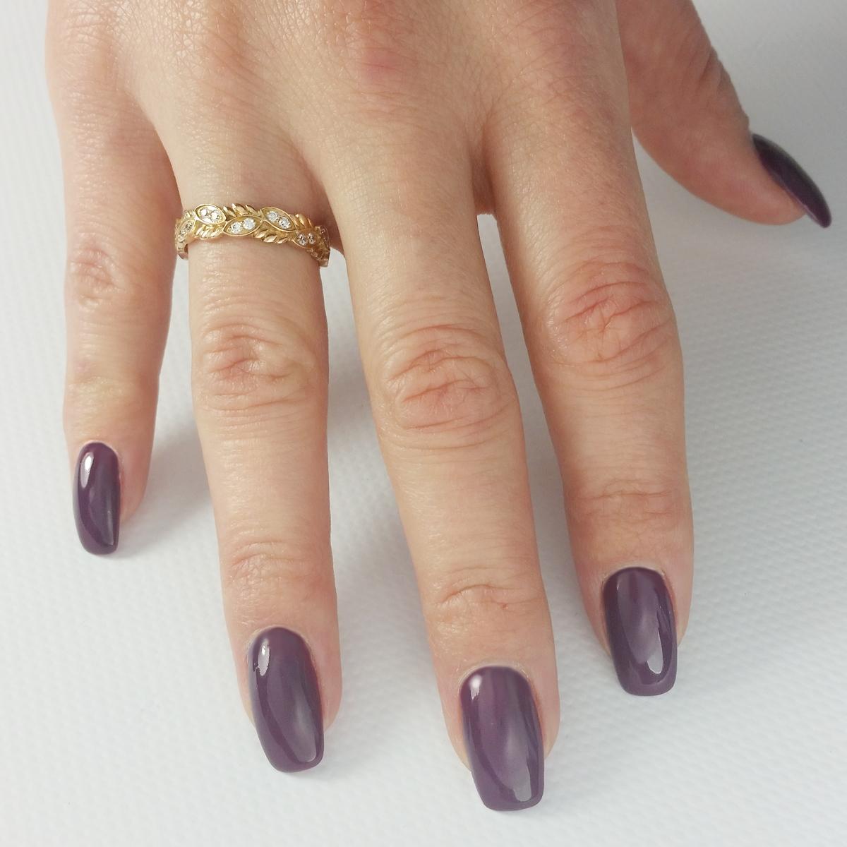 Золотое обручальное кольцо с цирконием «Колос»