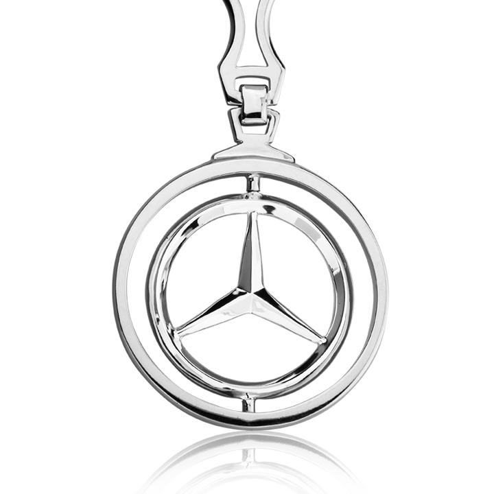 Серебряный брелок 'Mercedes'