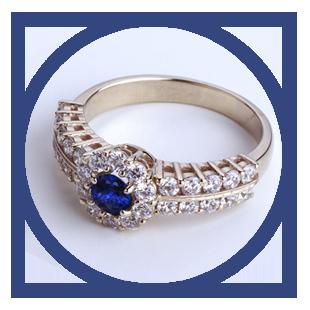 Перстень женский с сапфиром 'Сон Снежной Королевы'