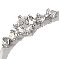 Золота каблучка діаманти
