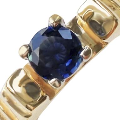 Золотое кольцо с сапфиром 'Элизабет'